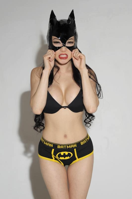 Sexy batman girl Sexy batman girl Sexy not exactly safe for work cosplay Comic Books batman
