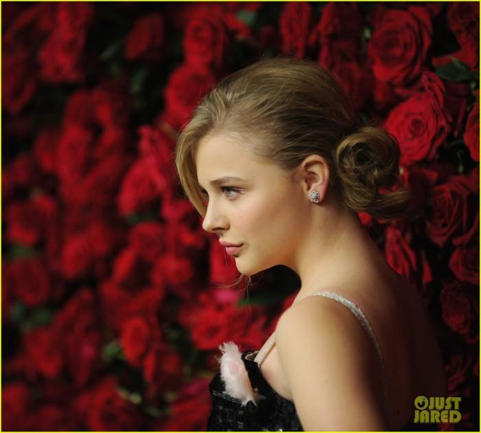 chloe moretz near roses.jpg