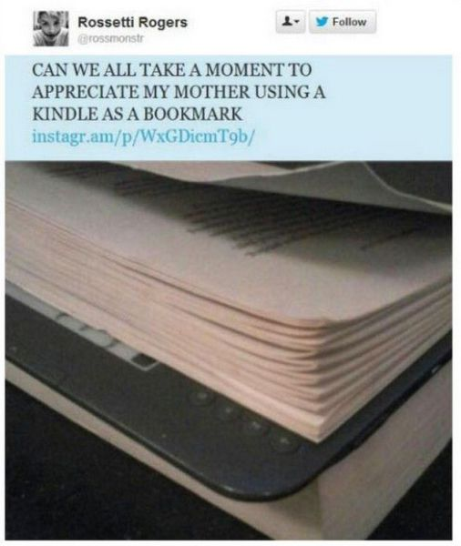 using a kindle as a bookmark.jpg
