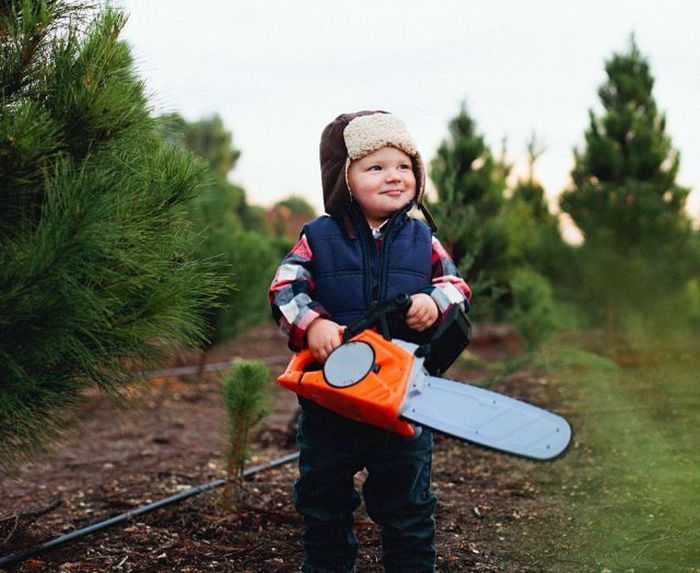chainsaw kiddy.jpg