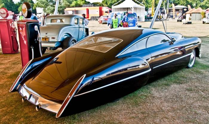 Sleek Retro Future Car.jpg