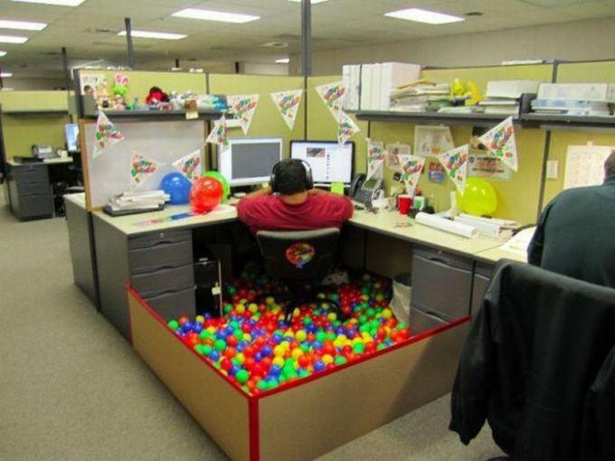 ball pit cubical.jpg