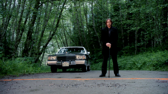 Mr Gold toes the line.png