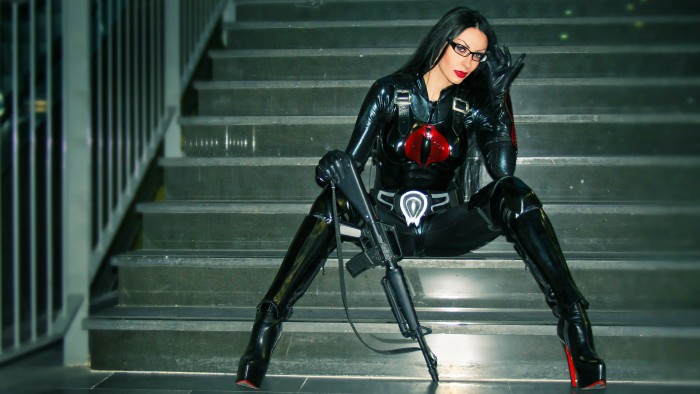 Baroness Cosplayer 700x394 Baroness Cosplayer