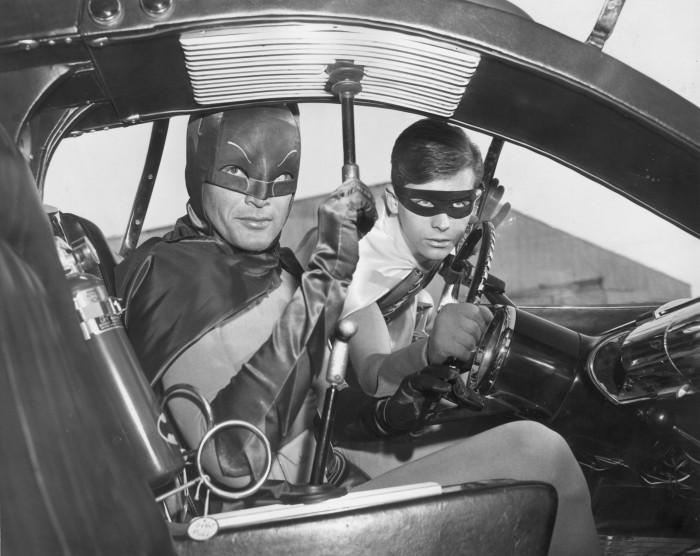 Batman and Robin Classic Car Seater 700x556 Batman and Robin Classic Car Seater