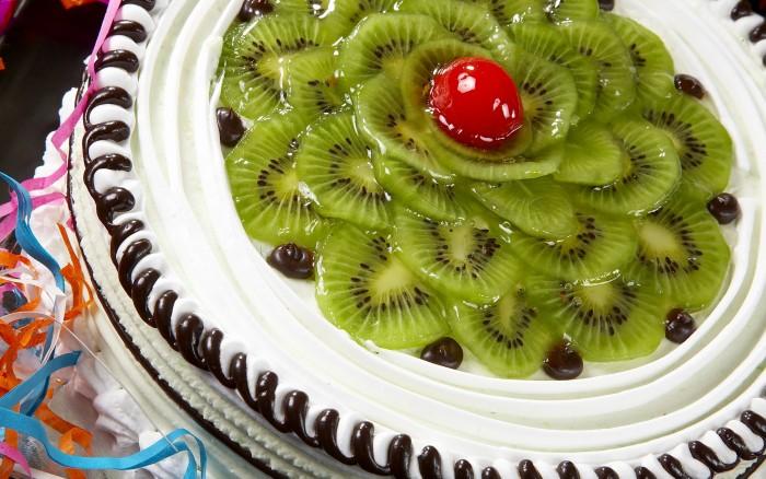 Kiwi Cake.jpg