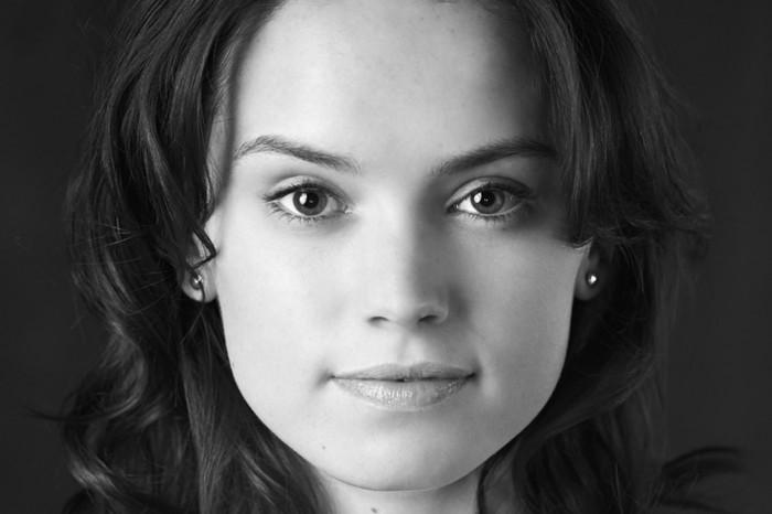 Daisy Ridley looks familiar.jpg