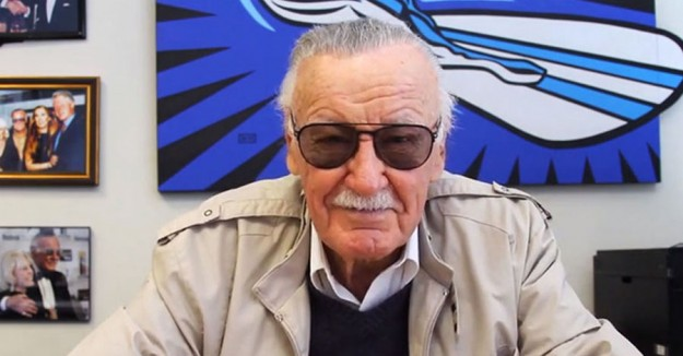 stan lee2 625x326 Stan Lee's Failing Eye Sight