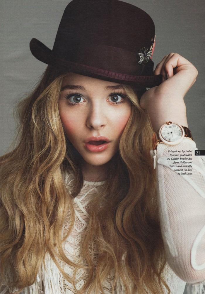 Chloe has a nice hat.jpg