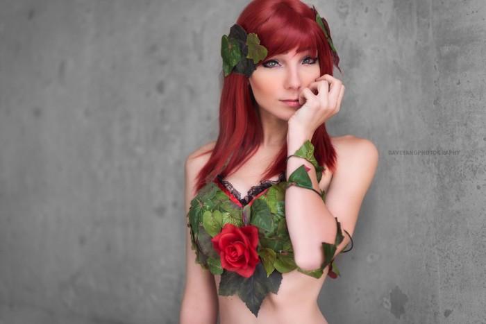 Poison Ivy Cosplayer.jpg