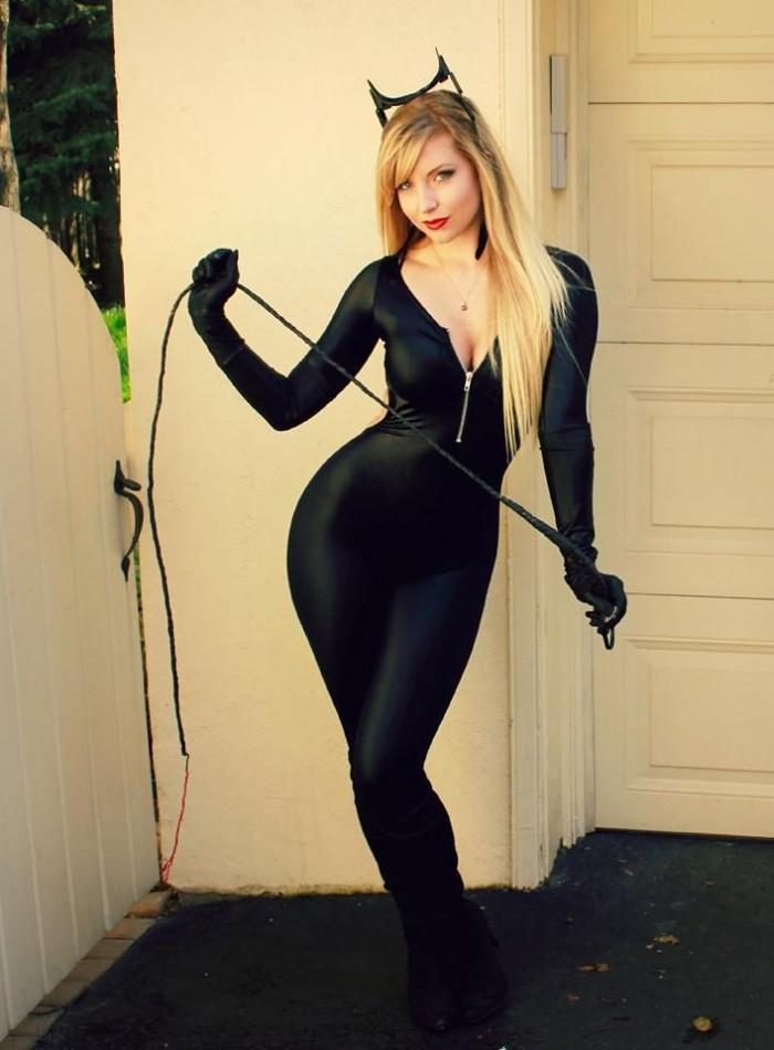 catwoman cosplay.jpg