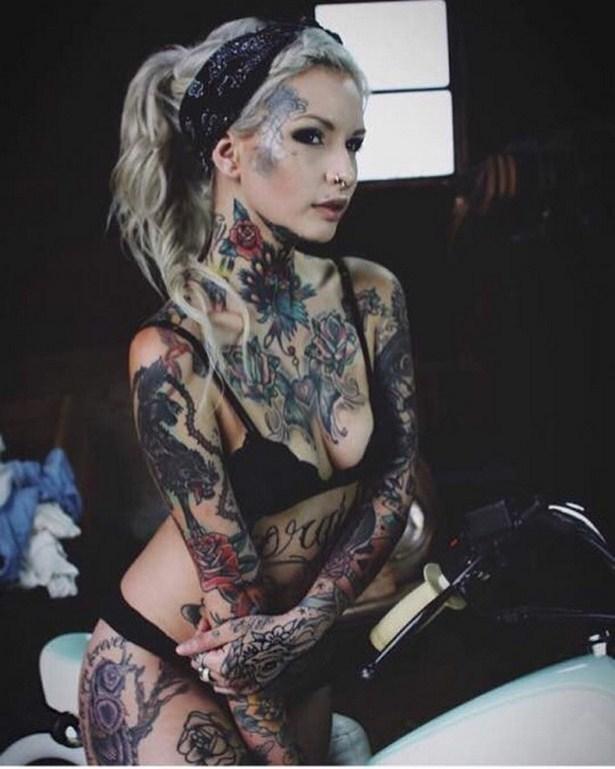 tattoo-girls-13