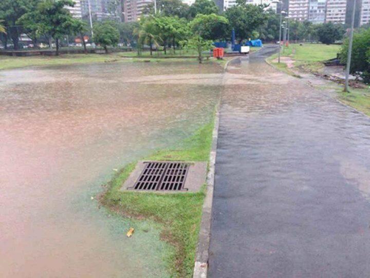 worthless drain.jpg