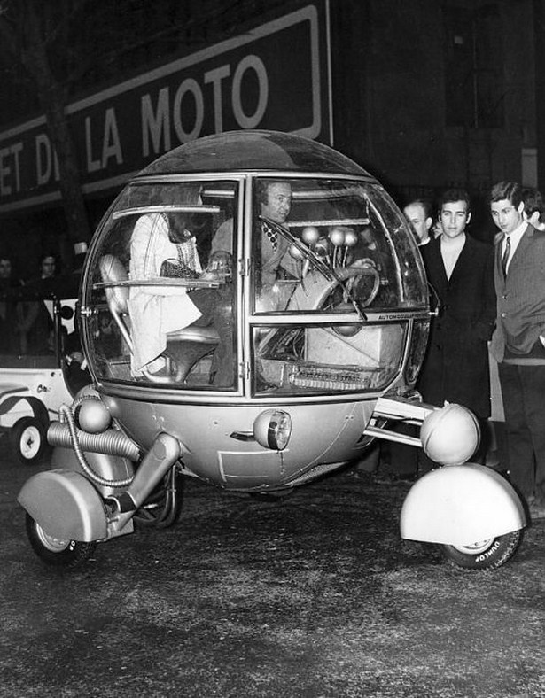 bizarre-retro-vehicles-07