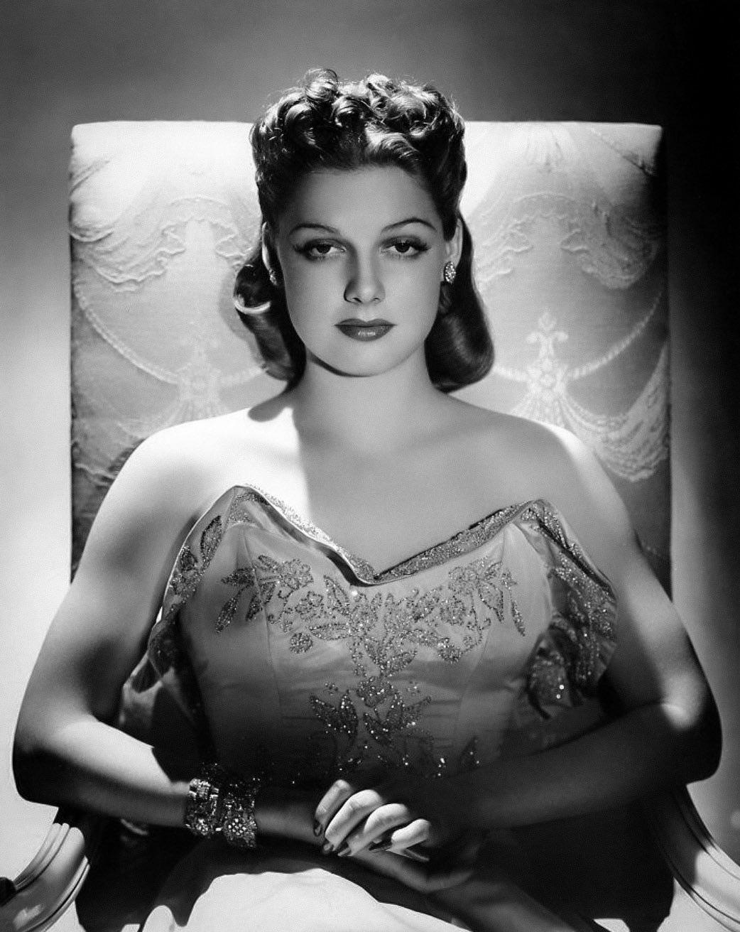 Ann Sheridan photographed by George Hurrell 1942