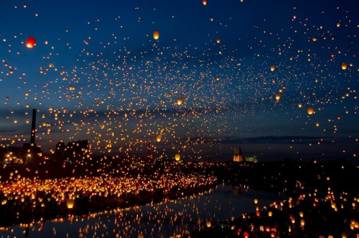 lanterns..png (1 MB)