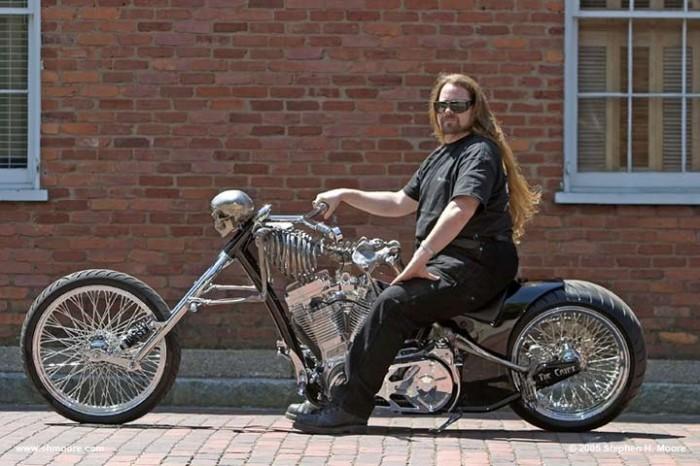 skeleton-bike.jpg (197 KB)