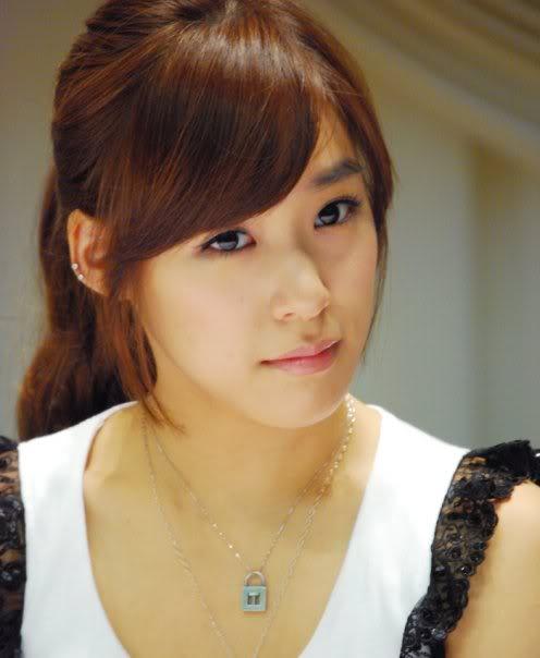 Tiffany23.jpg (27 KB)