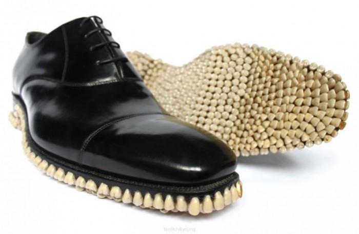 apex_predator_shoes_003-740x484.jpg (56 KB)