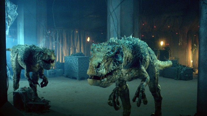 T-Rex-in-DOCTOR-WHO-Episode-7.02-Dinosaurs-on-a-Spaceship.jpg (819 KB)