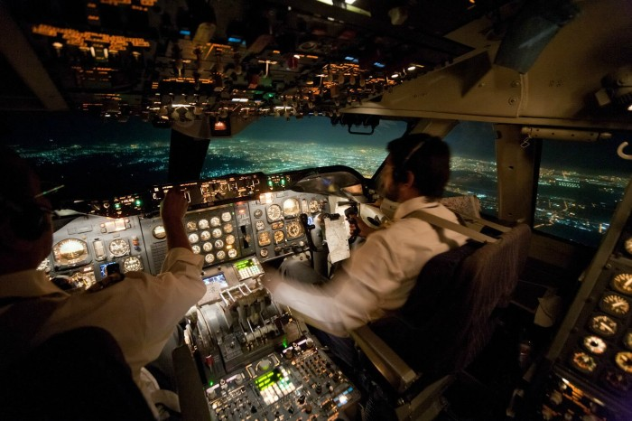view 700x466 Inside a 747 landing at night cockpit view wallpapers planes cockpit awesome aviation 747