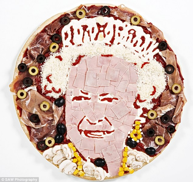 article 2315573 19812A0A000005DC 244 636x600 Celebrity Pizza Food Celebrities