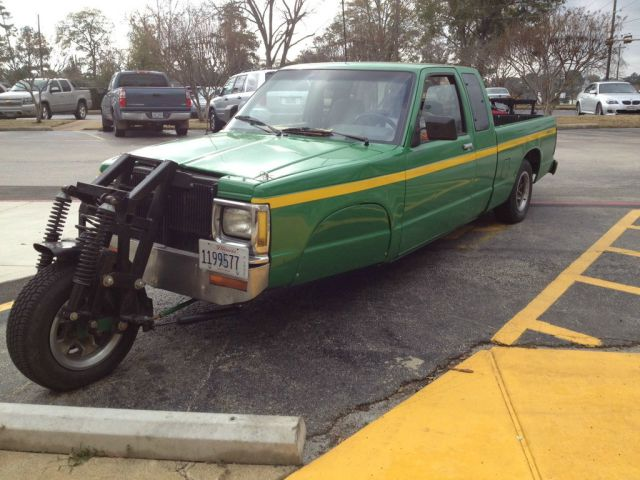this is the height of stupidity 640 38 John Deer Trike truck Trike Motorcycle car awesome