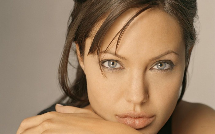 angelina 700x437 What a nice pair of, sorry, balls. Sad :( courage cancer angelina