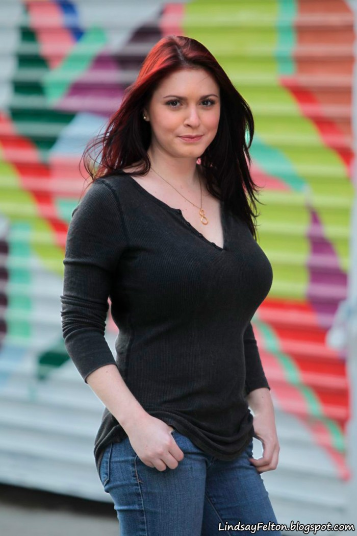 LindsayFelton2011-2.jpg (217 KB)