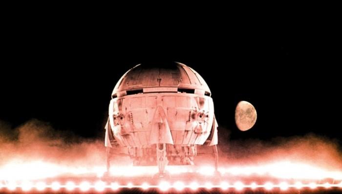 2001-A-Space-Odyssey-Pic-019.jpg (69 KB)
