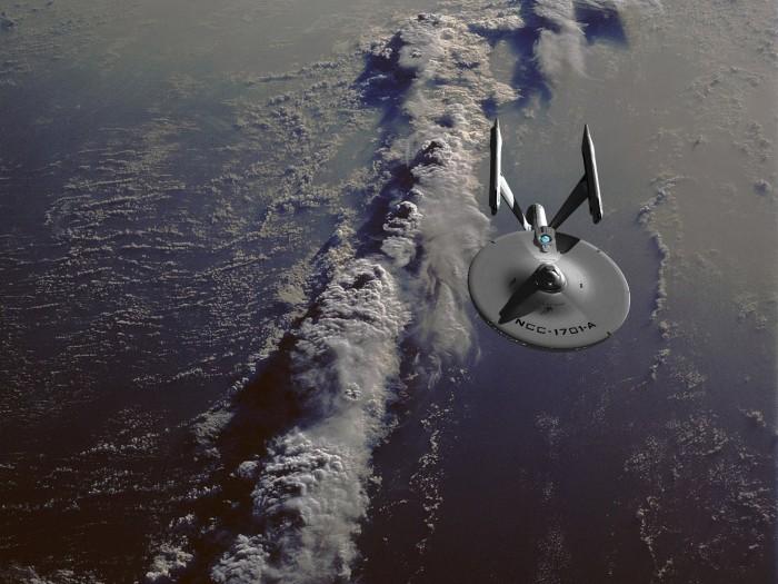 uss-enterprise-ncc-1701-a-in-orbit.jpg (261 KB)