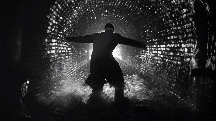 movies_grayscale_tunnel_the_third_man_hd-wallpaper-3008158.jpg (288 KB)