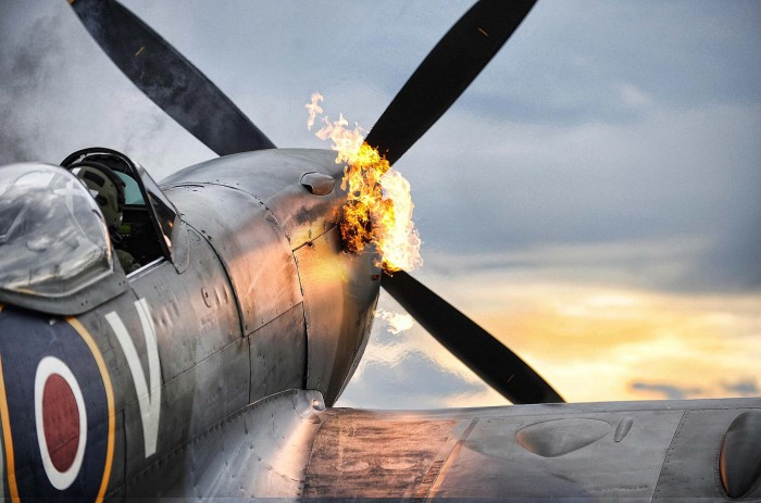 spitfire.jpg (302 KB)