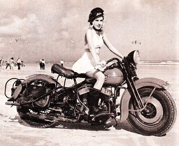 girls_vintage_bikes_002_10192013.jpg (294 KB)