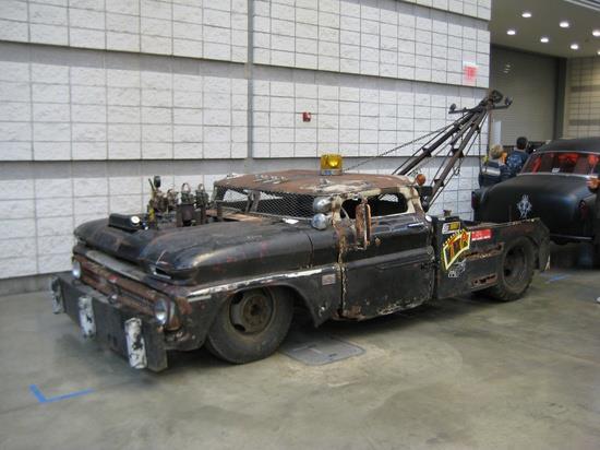 two-truck0001.jpg (35 KB)