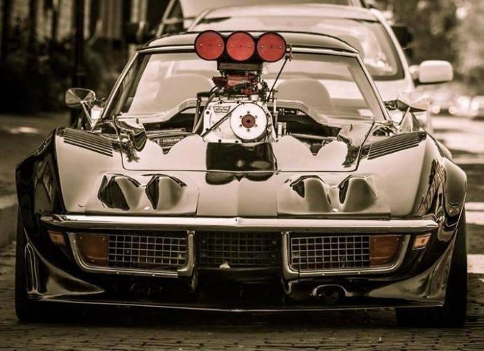 Corvette-1450106_702391999784711_2022396469_n.jpg (64 KB)