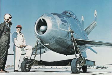 XF-85_Goblin.jpg (26 KB)