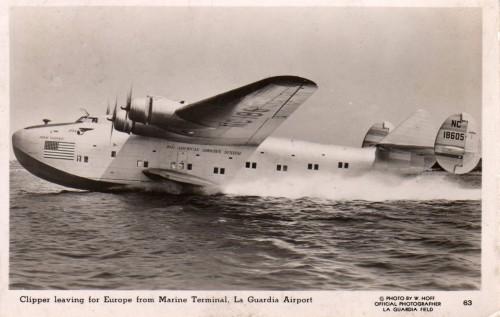 B-314-138-laguardia.jpg (252 KB)