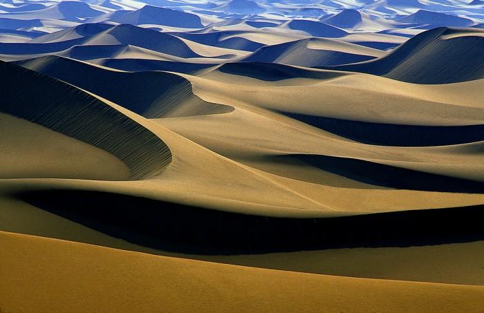 Dunes2.jpg (749 KB)