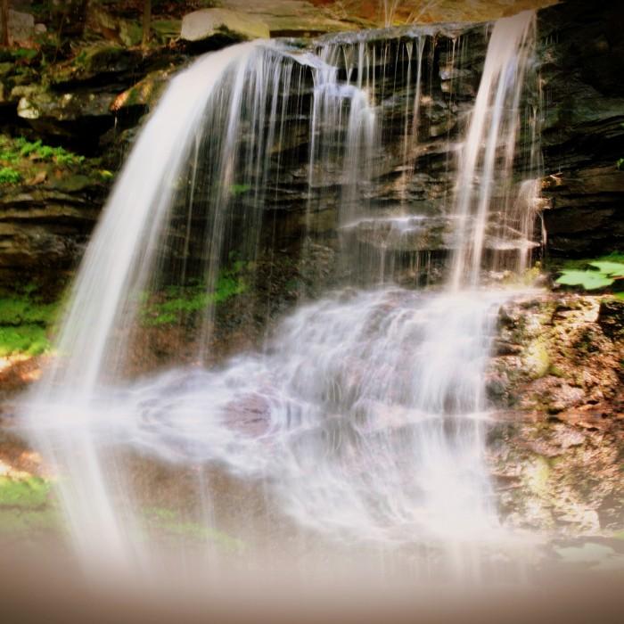waterfall.jpg (523 KB)