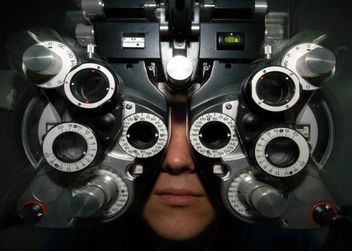 Geraet_beim_Optiker.jpg (302 KB)