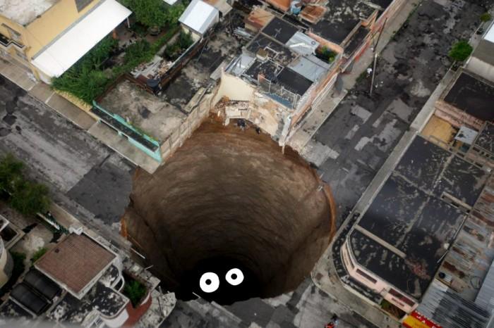 sinkhole.jpg (157 KB)