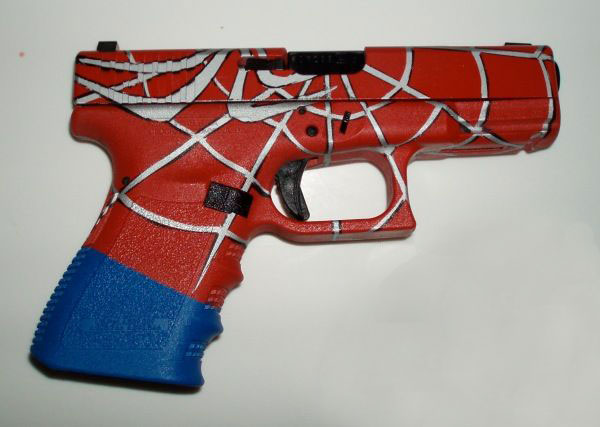 Spiderman-Spider-Man-Glock.jpg (41 KB)