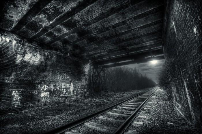 underthebridge.jpg (320 KB)