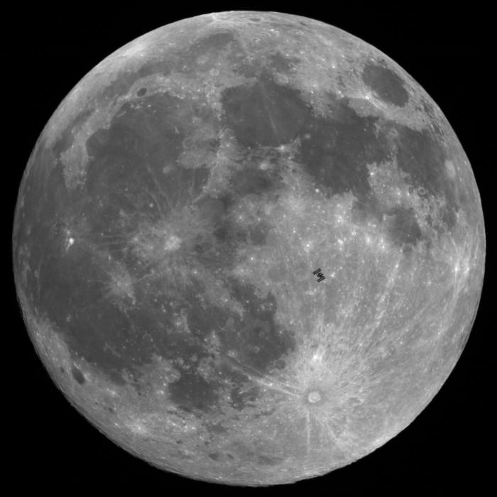 transit_iss_moon_101220_70.jpg (901 KB)