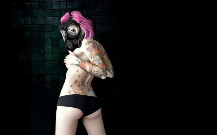 Inked-gas-mask-girl.jpg (65 KB)