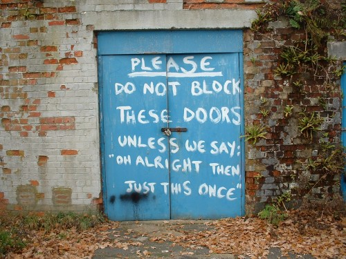 door block 500x375 Funny Signs Humor