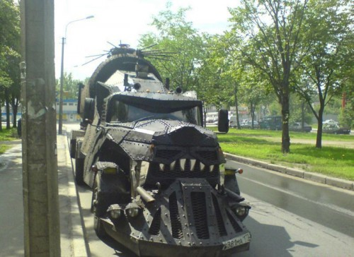 monster truck russia 500x364 Monster Truck wtf