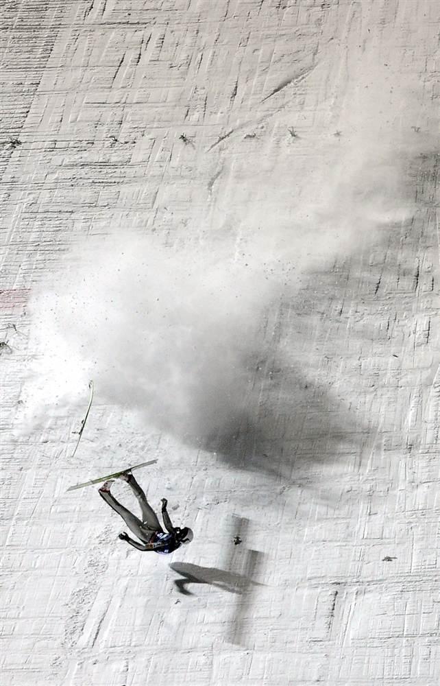 ski.jpg (95 KB)