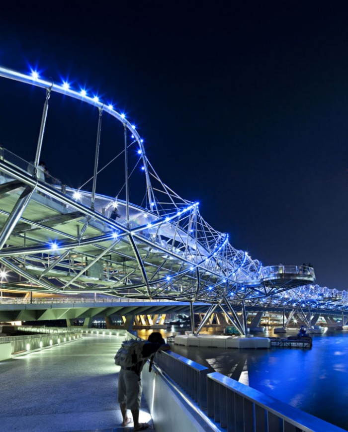 Helixbridge3 700x869 Double Helix Bridge